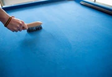 Comment nettoyer un tapis de billard